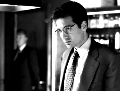 Young nerdy Mulder circa 1993. Love.