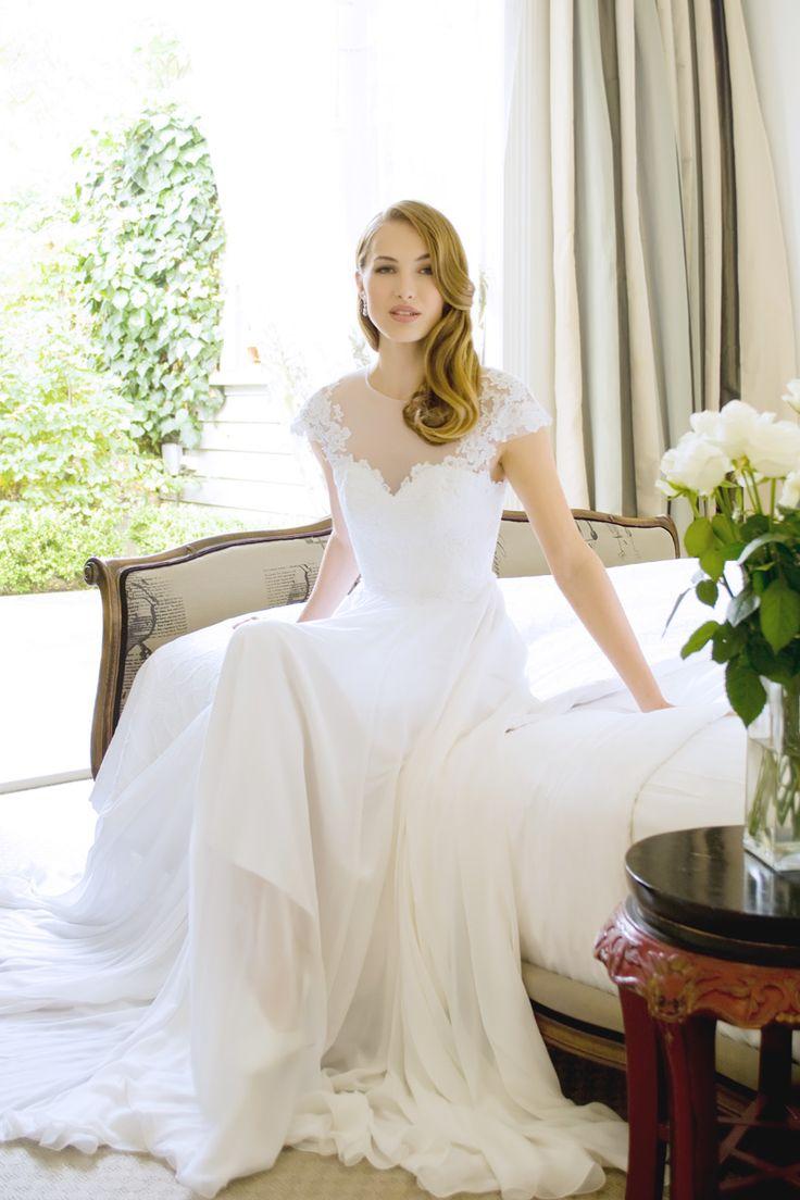 Emily - lace, high-waist, sweet heart, flowing skirt