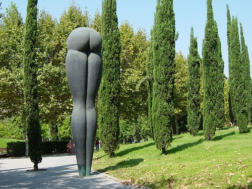 Butt statue wide with trees, near Arts Hotel, Barcelona by StevenC_in_NYC, via Flickr