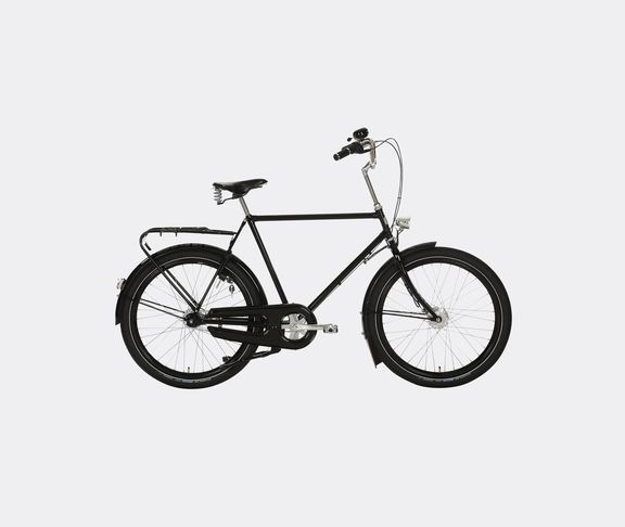 best 25 dutch bike ideas on pinterest women 39 s cycling. Black Bedroom Furniture Sets. Home Design Ideas