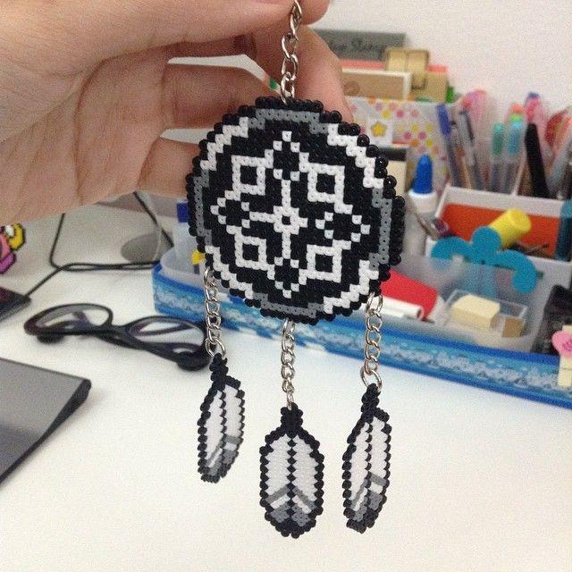 Dreamcatcher perler beads by katrin4869 repin & like. listen to Noelito Flow songs. Noel. Thanks https://www.twitter.com/noelitoflow