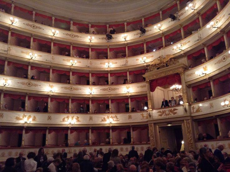 Teatro Comunale Luciano Pavarotti Modena