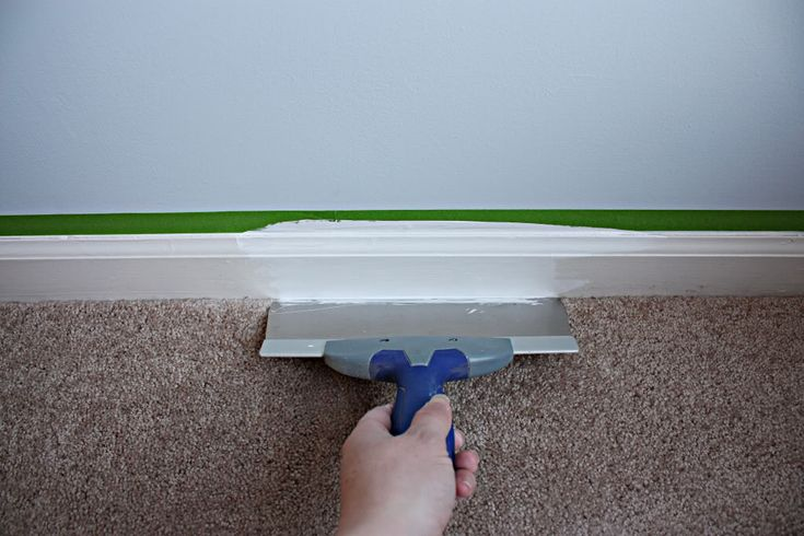 How to Paint Floor Trim without getting on the carpet