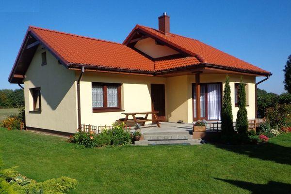 Casa mica cu terasa