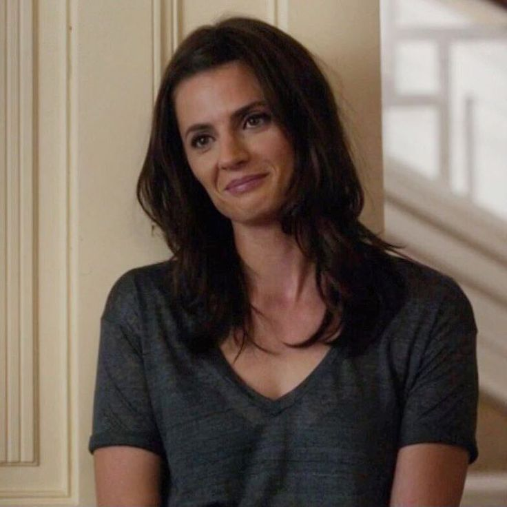 Her smile!❤️ Sister Cities is seriously such a good movie. It's my new favorite movie of Stanas' I love it so much. Her character is so amazing!! It's just weird to see her on the screen but not as Beckett. But I simply loved it!!❤️ #stanakatic #sistercities @sistercitiesmovie #sistercitiesmovie #carolinabaxter