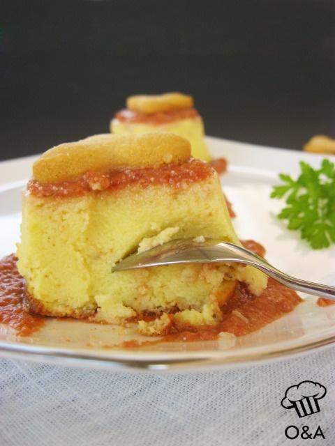 Budino salato di patate all'origano con pesto alla siciliana