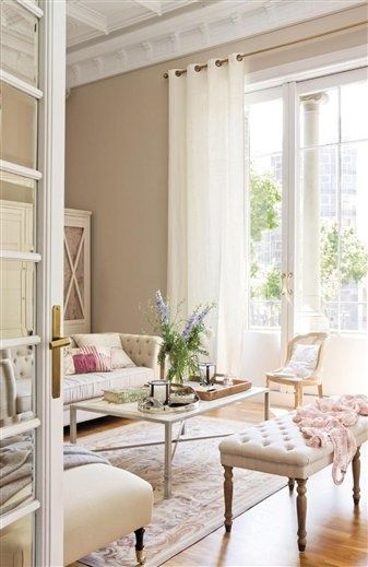 The pale color palette offers a spacious and beautiful breezy feel, perfect for a #Hamptons home.