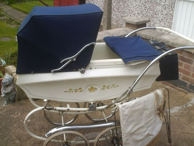 Pedigree vintage pram including bag and canopy