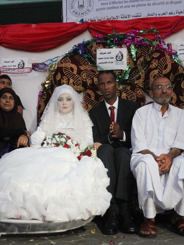 Ruines, mariages et roquettes : revivre à Gaza