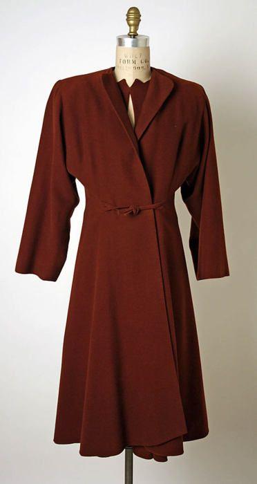 "1944 Valentina ""Ensemble"". Love the closure on the coat......"