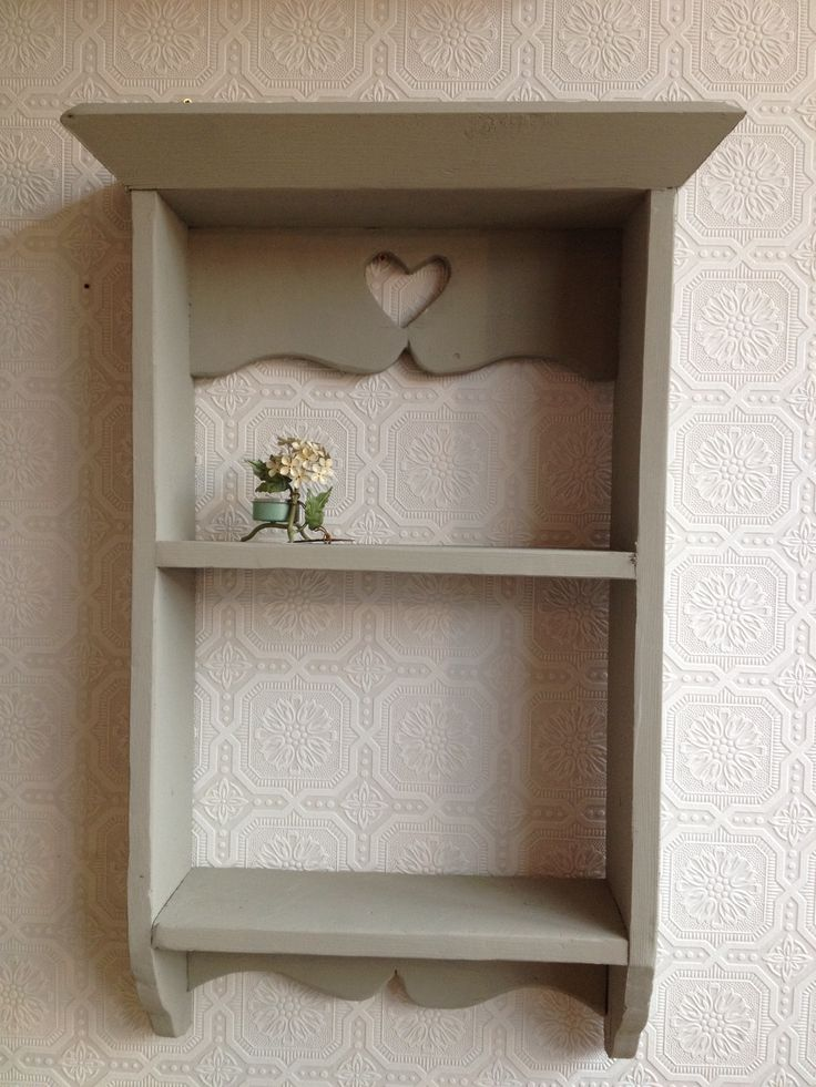 Gorgeous shelf display unit painted in Autentico 'Frozen Fountain'.