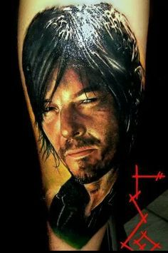 Holy crap! So realistic! the walking dead tattoo - Daryl