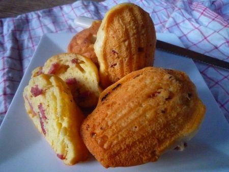 Recette madeleines au reblochon et bacon