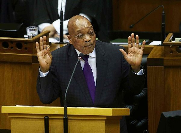 Zuma running scared as Madonsela prepares to release state capture findings The Democratic Alliance has lashed out against what it calls a ,coordinated campaign by Zuma and his loyalists to discredit Thuli Madonsela, just as the outgoing Public Protector prepares to release the findings of her state capture investigation. http://www.thesouthafrican.com/zuma-running-scared-as-madonsela-prepares-to-release-state-capture-findings/