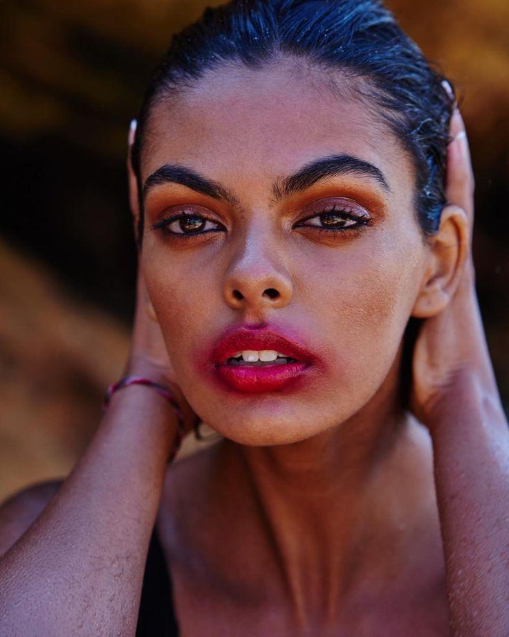 Beauty story staring @zoemccracken @byscottlowe  Hmua by me using @ellisfaascosmetics #makeup #sylwialukoszmakeup #sylwialukoszhairandmakeup #beauty #mua #makeupartistworldwide