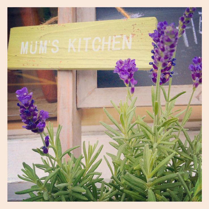 Mum's garden sign. Gift ideas. The butterfly tree florist