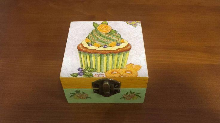 Cupcake wooden box, Elegant jewelry gift box, storage box, shabby chic, kids box, trinket box, home decoration, handmade, gift idea for kids by KristanArt on Etsy