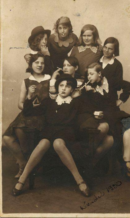teenage delinquents 1930: 1930S, Girls Generation, Vintage Photos, 1930 S, Girls Gang, Teen Girls, Teen Delinquents, Role Models, Bad Girls