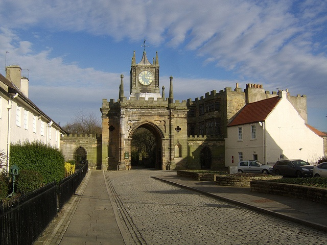 Auckland Castle Gatehouse, Bishop Auckland, County Durham by Majama2013, via Flickr