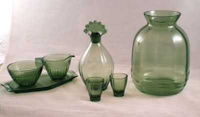 H-Collectie vase in same colour as Neerlandia by A.D. Copier Leerdam Glass