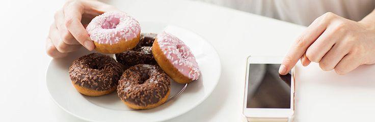 Une nouvelle étude montre que les images de nourriture les plus partagées par les adolescents portent sur des aliments et boissons riches en énergie et pauv