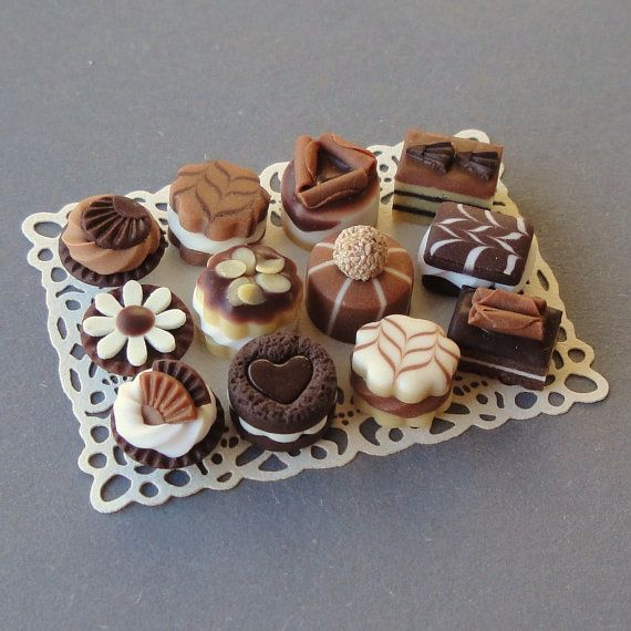 Chocolate Cakes In Miniature - WOW!