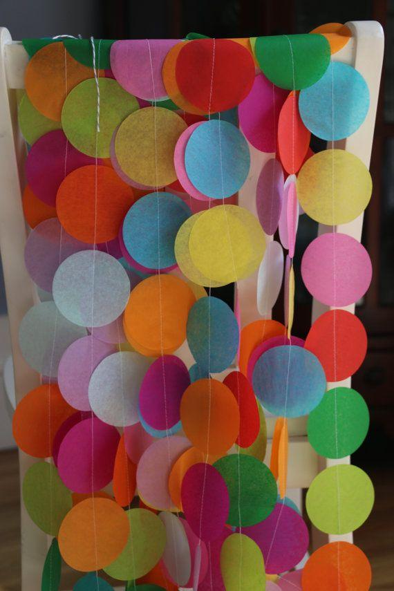 Guirlande de papier de soie, Rainbow Garland by Pipsqueakandbean