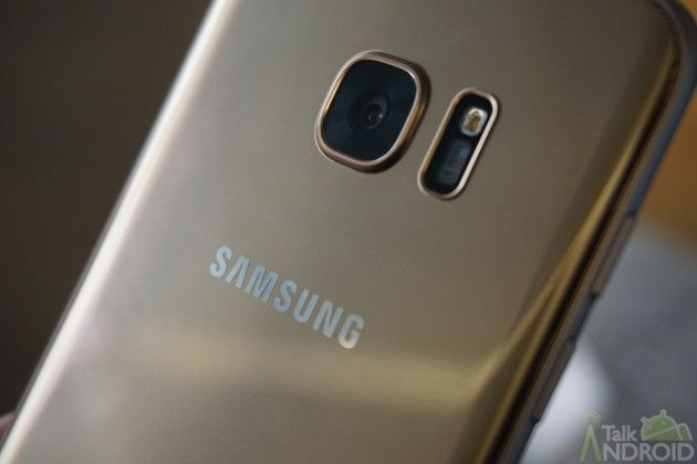 You can now pre-order the Samsung Galaxy S7 and Galaxy S7 Edge   Todays the day! Just two days after announcing them Samsungs Galaxy S7 and Galaxy S7 Edge are able to be pre-ordered. The phones will then ship by the March 11 release date.  Click here to view the embedded video.  Want links to your carrier or preferred retailer? Weve got them for you:  Verizon  Galaxy S7  Galaxy S7 Edge  AT&T  Galaxy S7  Galaxy S7 Edge  Sprint  Galaxy S7  Galaxy S7 Edge  T-Mobile  Galaxy S7  Galaxy S7 Edgeus…