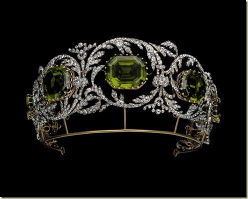Archiduquesa Isabel de Austria.: Peridots Tiaras, Archduchess Isabelle, Diamond Tiara, Diamonds Tiaras, Tiaras Crowns, Crowns Jewels, Isabella Peridots, Royals Jewels, Archduchess Isabella