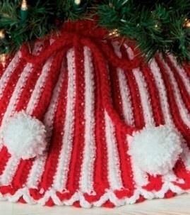 Crochet Christmas Tree Skirt (for the kids' little trees) Free Pattern