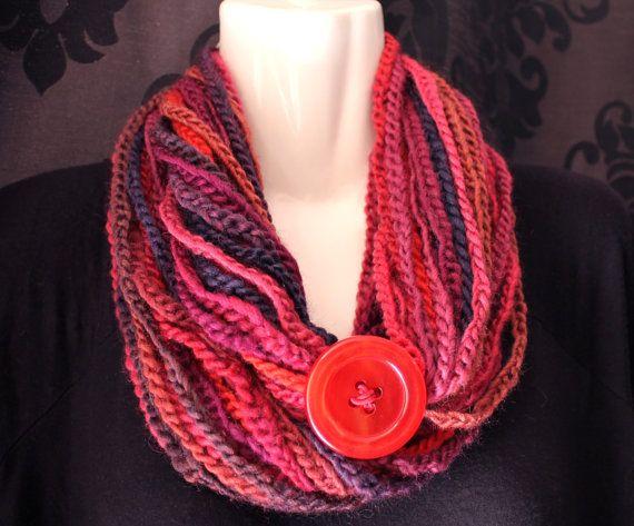 Volcano Red Hand Crochet Chain Scarf di CCButtonJewellery su Etsy