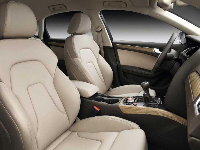 Audi A4 Interor Photo