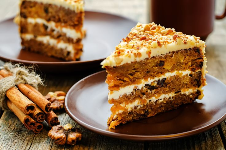 They Should Be Selling This Kind Of Carrot Cake In The Stores! This isn't your stereotypical carrot cake (although those are yummy). This carrot cake has a maple cream cheese
