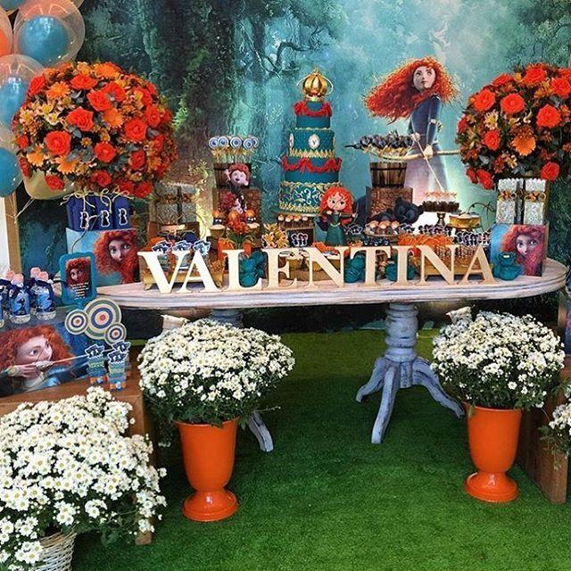 Festa Valente. Pic via @lorenaduquefestas #encontrandoideias #blogencontrandoideias #fabiolateles