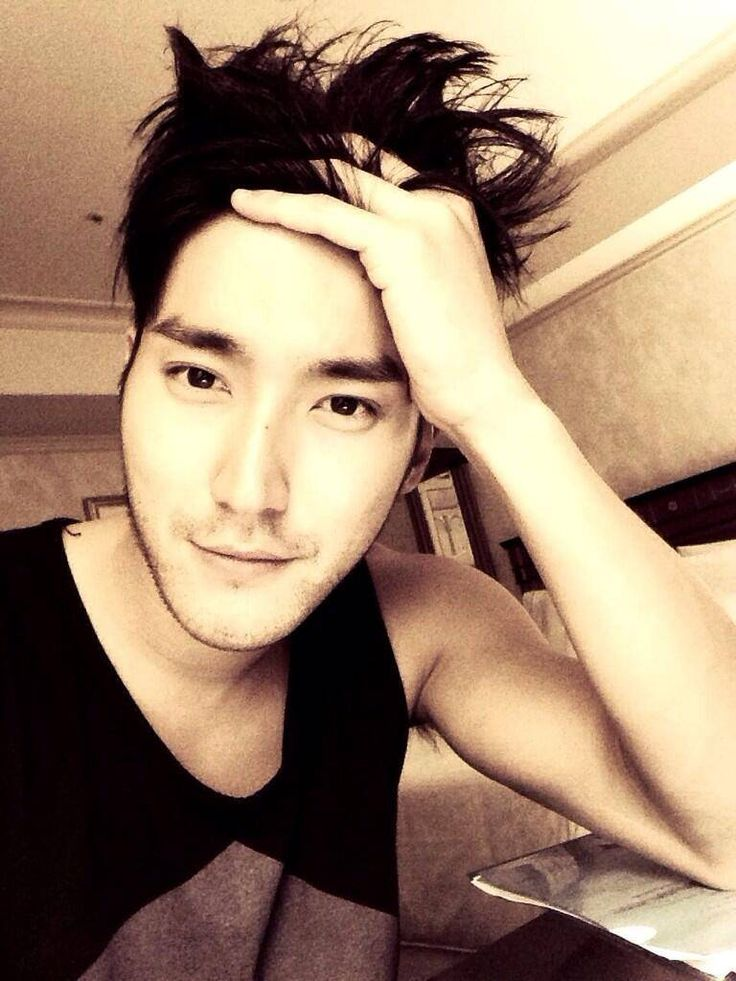 Choi Siwon,,,,,ahhh...so cool