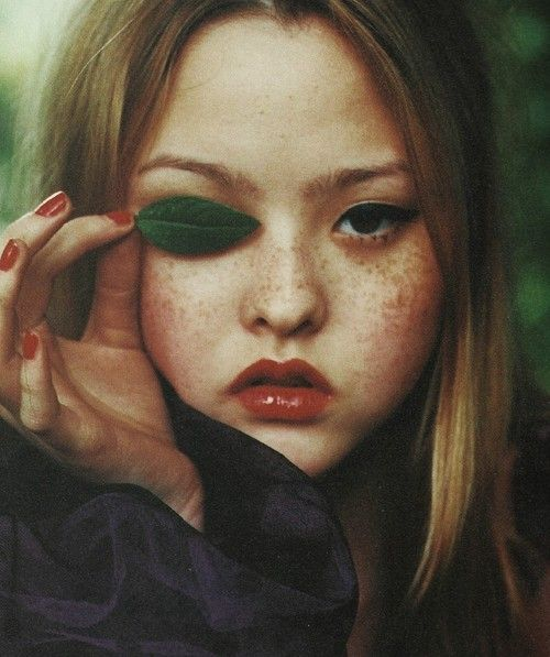 Aries - devon aoki by ellen von unwerth for i-D september 1998