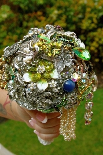 Brooch bouquet :)