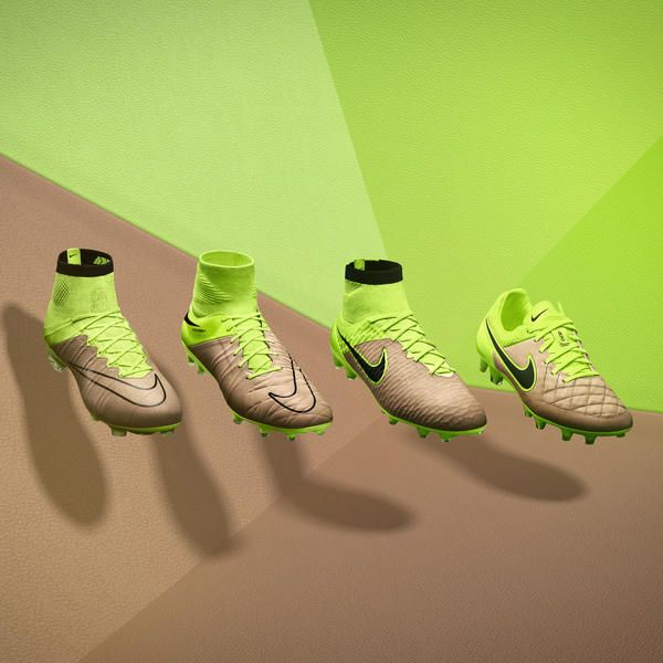 Nike Tech Craft boots with Volt highlight the contrast of legendary leather and innovative new materials like Nike Flyknit.