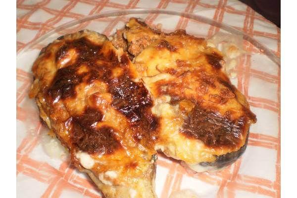 Receta de Berenjenas rellenas de carne picada al horno - Gallina Blanca