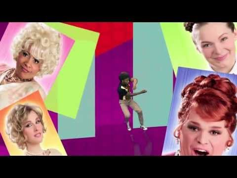 Pour le volet #musique, le #Festival #JustePourRire vous présente #Hairspray (du 20 juin au 14 juillet), une #comedie #musicale endiablée très #annees60, réunissant sur scène une trentaine de #comediens, #chanteurs et #danseurs. Vous y rencontrerez #Tracy, une #adolescente #grassouillette qui rêve de #danser dans l'émission télé la plus #populaire de la ville.