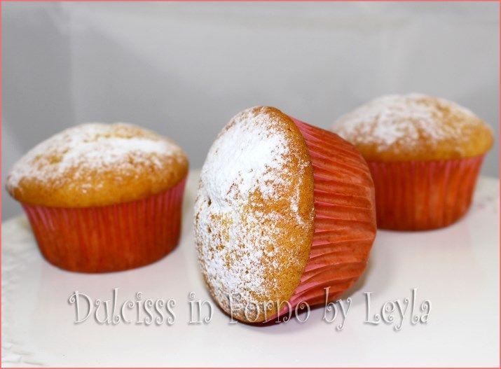 cupcake alla vaniglia ricetta cupcake alla vaniglia ricetta base ricetta base muffin alla vaniglia muffin bianchi ricetta per cupcake ricetta per muffin ricetta facile per cupcake