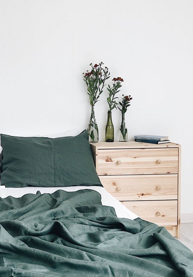 3 Piece Emerald Linen Bedding Set | SeaMeLinen on Etsy