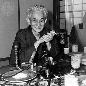 Yasunari Kawabata (川端 康成 Kawabata Yasunari, Osaka, 14 de junio de 1899-Zushi, 16 de abril de 1972) fue un escritor japonés. Considerado uno de los autores más importantes de su país en el siglo XX (junto con Ryūnosuke Akutagawa, Osamu Dazai o Yukio Mishima, de quien fue amigo y mentor), fue el primer nipón en obtener el premio Nobel de Literatura, en 1968, y el segundo asiático en obtenerlo tras el escritor hindú Rabindranath Tagore.