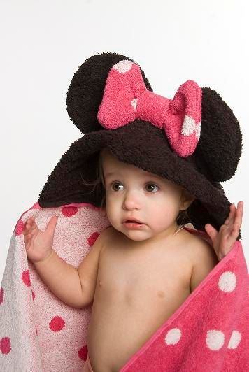 MINNIE MOUSE: Minnie Baby Mouse Ears, Mouse Towels, Hoods Towels, Minnie For Baby Girls, Gift Ideas, Baby Girl Minnie Mouse Clothes, Girls Mouse, Baby Clothes Mickey Mouse, Mouse Hoods