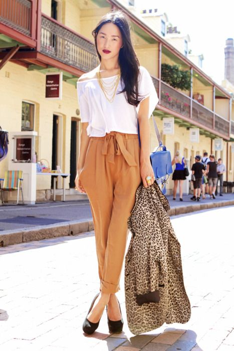 Perfect fall outfit: Paperbags, Trendy Outfits, Paper Bags, Plum Lips, Gary Peppers, Leopards, Camels Pants, Leather Bags, Perfect Fall Outfits