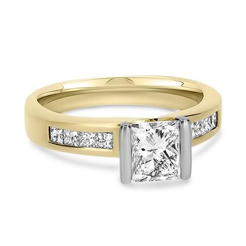 18ct Yellow Gold 9 Stone Diamond Ring