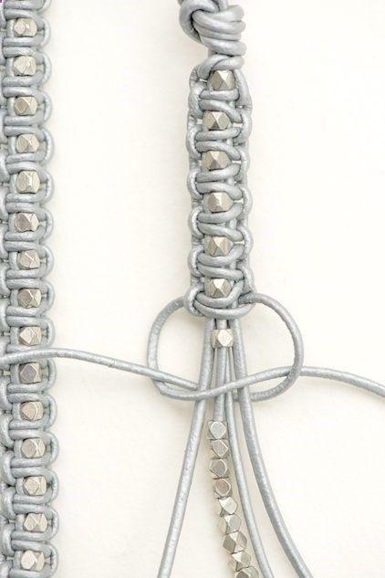 20 Super Easy DIY Bracelets                                                                                                                                                     Mehr