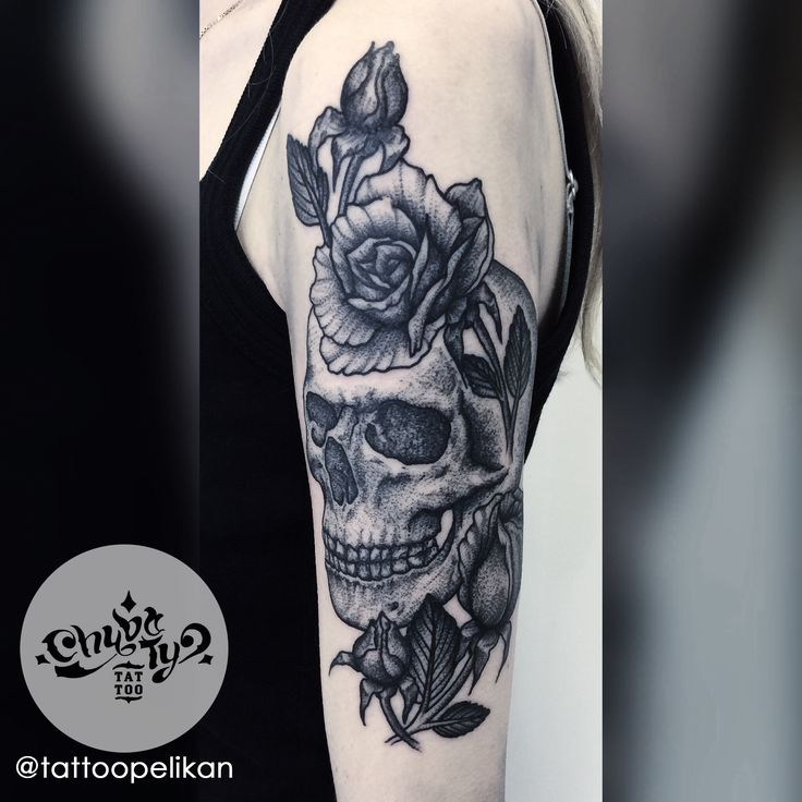 skull stuff by @tattoopelikan #chybatytattoo #katowice #tattoo #silesia #dotwork #dotworktattoo #dots #dot #dottattoo #darkart #polandtattoos #black #ink #blackwork #chybaty #rose #skull #skulltattoo #rosetattoo