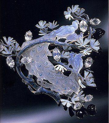 René Lalique. 1902-03 'Four Peacocks on a Branch' Brooch. Gold/ enamel/ glass/ diamonds/ white sapphires