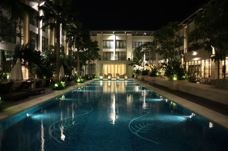 The Signature Courtyard Pool, Best Outdoor Pool in Town